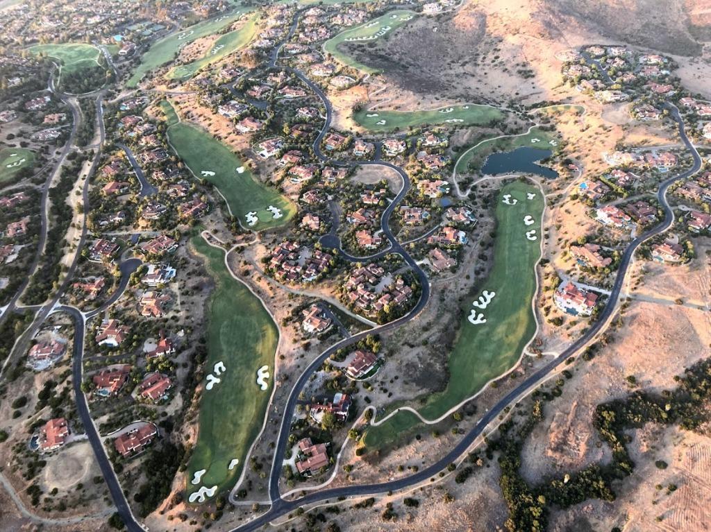 waterverbruik groene golfbanen in woestijnstaten